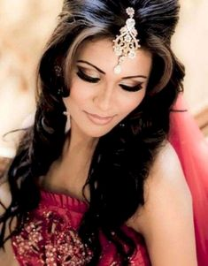 Hairstyle in indian wedding bridal makeup and hairstyle indian bridal hairstyles bridal Indian Bridal Makeup, Bridal Hair And Makeup, Hair Makeup, Eye Makeup, Asian Bridal Hair, Makeup Contouring, Bridal Hairdo, Fashion Trends 2018, Trends 2016