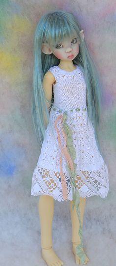 Grey Mikki by Kaye Wiggs new pre-order - Бэйбики Hair Romance, Bjd Dolls, Ball Jointed Dolls, Doll Clothes, Harajuku, Glamour, Long Hair Styles, Grey, Fairies