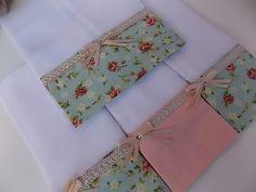 Fraldas Decoradas com aplique ou bordado. <br>Kit com 3 Fraldas de Boca e…