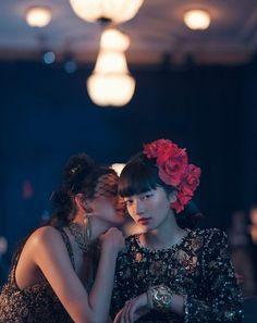 小松菜奈 Japanese Models, Japanese Girl, Nana Komatsu, Photography Poses, Fashion Photography, Pose Reference Photo, Two Girls, Photoshoot Inspiration, Aesthetic Photo