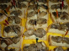 Mushroom canapè/Tartine ai funghi Appetizers, Appetizer, Entrees, Hors D'oeuvres, Side Dishes, Snacks