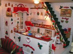 Dollhouse of the Month - My Small Obsession Christmas Barbie, Christmas Room, Christmas Minis, Christmas Kitchen, Christmas Crafts, Christmas Decorations, Holiday Decor, Christmas Houses, Christmas Shadow Boxes