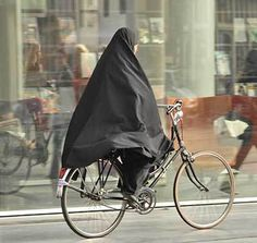 Will bike riding in Saudi Arabia change the way women dress? | Fit, Feminist, and (almost) Fifty