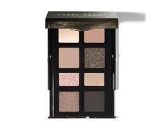 La palette de maquillage Smokey Nudes Eye Palette de Bobbi Brown http://www.vogue.fr/beaute/shopping/diaporama/15-palettes-fard-a-paupieres-rentree-2014/19898/image/1041367#!smokey-nudes-eye-palette-de-bobbi-brown