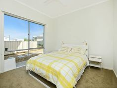 Boomer Beach Retreat Port Elliot Featuring free WiFi throughout the property, Boomer Beach Retreat is set in Port Elliot, 5 km from Victor Harbor. McLaren Vale is 37 km from the property. Free private parking is available on site.  All units feature a seating and dining area.