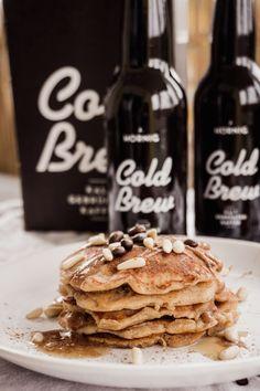 Cold Brew Coffee & Pancake Break | Veganes Pancakes Rezept mit dem Cold Brew von J. Hornig Nutella French Toast, Huevos Rancheros, Cheetos, Breakfast For Dinner, Cold Brew, Brewing, Cookies, Coffee, Ethnic Recipes