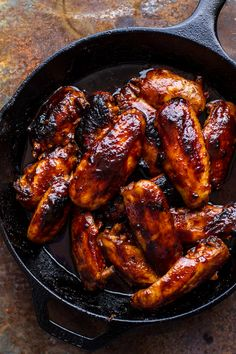 """verticalfood: """"Hot Wings (by Half Baked Harvest) """" Iron Skillet Recipes, Cast Iron Recipes, Labor Inducing Food, Steak Recipes, Cooking Recipes, Super Bowl Essen, Frango Chicken, Half Baked Harvest, Cast Iron Cooking"""