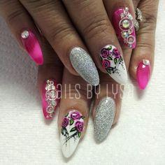 Spring & summer nail art. Glitter, flowers, embellishments