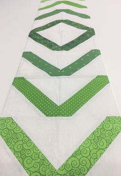 February has come and (almost) gone and now we are getting excited for the month of good luck and everything green! @joannalynne made a great table runner for St. Patrick's Day! Make on in time for your St. Paddy's celebrations!