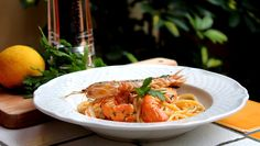 ..............Gustosa Passione...!!: Spaghetti con scampi e canocchie con olio al prezz...