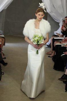Carolina Herrera 2013-2014. #casamento #acessórios #noivas #casacosdepêlo #inverno