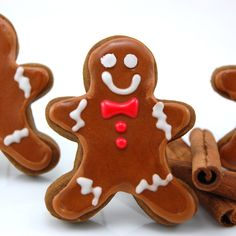 "Thick and Chewy Gingerbread Cookies. Lady says: ""I have finally found the perfect man! These classic gingerbread cookies are spicy, thick and chewy. "" (no eggs, 3 cups flour)"