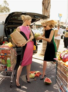 noirfacade: 2-for-1 Special | Amber Valletta, Kirsty Hume by Steven Meisel for Vogue US September 2008 Lmao i know this is a fashion ad but this is totally me and my friends trying to grocery shop and then the watermelon falls and shatters.