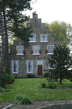 dutch farmhouse with rectangle windows