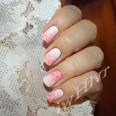 IWHLVR nail art traditional Valentines Day mani pink fade with heart stamping