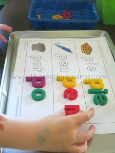 Montessori - FREE Magnetic Alphabet Build-a-Word Sheets~ for the most common beginning consonant sounds Alphabet Activities, Reading Activities, Literacy Activities, Teaching Reading, Activities For Kids, Literacy Centers, Kindergarten Literacy, Early Literacy, Preschool Learning