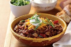 Beef and Dark Beer Chili. Adding a dark beer like a stout to the chili helps amp up the flavor of the beef. Tailgating Recipes, Beer Recipes, Chili Recipes, Cooking Recipes, Recipies, Guinness Recipes, Epicurious Recipes, Cooking Food, Crockpot Recipes