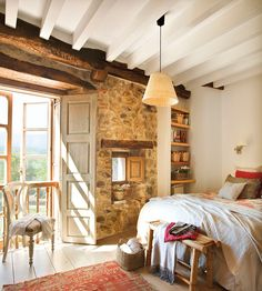 Country home with a Mediterranean feel... CASA TRÈS CHIC