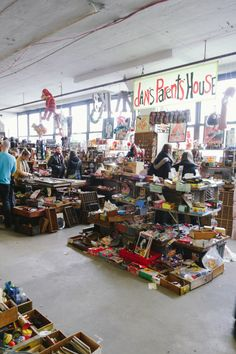 Brooklyn flea market (might be cool to go to sometime)