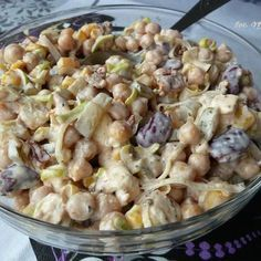 Sałatka z cieciorką, fetą i suszonymi pomidorami Lunch Recipes, Salad Recipes, Vegetarian Recipes, Cooking Recipes, Healthy Recipes, Most Delicious Recipe, Sandwiches, Chicken Pasta Recipes, Breakfast Lunch Dinner