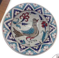 Simple Mandala, Turkish Tiles, Tile Art, Whimsical Art, Baby Knitting Patterns, Dinner Plates, Kitchenware, Dinnerware, Dishes