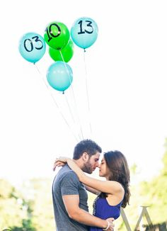 Save the date on balloons. Nice idea