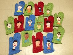 Cadeau Parents, Fathers Day, Kids Rugs, Crafts, Special Gifts, Kid Crafts, Mother's Day Diy, Father, Christmas Presents