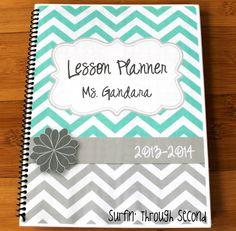 Lesson plan book, so cute!
