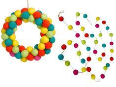 Los adornos imprescindibles para decorar tu #Navidad #lana #fieltro #corona #guirnalda