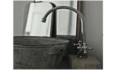 Make a durable sink with a galvanized bucket.. one day I plan on remodeling my bathroom and this has always been on the 'definate' list on top of my old dresser :)