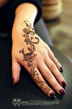 My works - 270 photos - henna tattoo - Henna Designs Arm, Henna Tattoo Designs Simple, Mehndi Designs 2018, Mehndi Designs For Beginners, Mehndi Designs For Fingers, Beautiful Henna Designs, Arte Mehndi, Henna Mehndi, Mehendi
