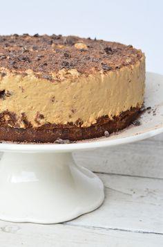 receta cheescake de dulce de leche Chocolate Chip Cheesecake, Homemade Cheesecake, Cheesecake Cake, Cheesecake Bites, Caramel Cheesecake, Pumpkin Cheesecake, Sweet Recipes, Cake Recipes, Dessert Recipes