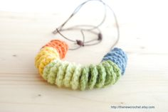 Crocheted Necklace with 5 different colours Casual for Women and Teens Fashion accesory