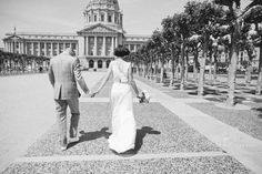 YES I'VE FOUND THE PERFECT SF CITY HALL PHOTOG :) :) :) creative sf city hall wedding photographer