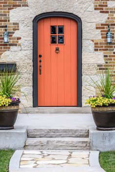 Bring Spring right to your doorstep with a lively front door color. From on-trend coral or milennial pink and bright shades like Gen Y yellow front doors to more understated colors like hunter green or royal purple front doors, we'll walk you through how to choose the perfect paint color for your bright colorful front door that adds instant curb appeal and charm to your home's entryway. Hadley Court Interior Design Blog. #frontdoorcolor