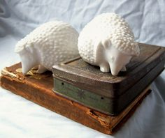 Vintage Fitz and Floyd Japan white ceramic hedgehog figurines