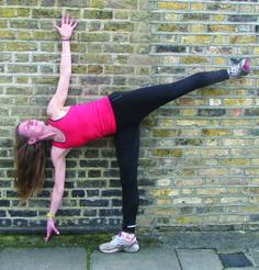 Courir n'est pas qu'une question de vitesse. Cette routine de yoga ne permet pas d'être plus rapide, mais d'être meilleur, tout simplement. Courir est un excellent exercice cardiovasculaire, mais i…