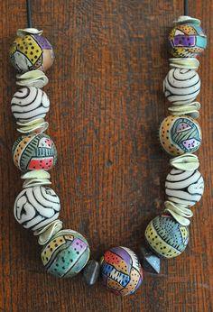 love the organic B & W beads