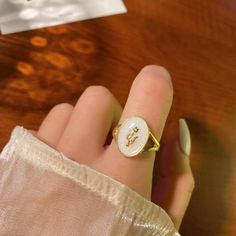 Aesthetic Rings, Queen Aesthetic, Gold Aesthetic, Princess Aesthetic, White Roses, Charm Jewelry, Epoxy, Fairytale Dress, Main Character