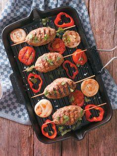Μίνι κεμπάπ - www.olivemagazine.gr Gelato, Tandoori Chicken, Paella, Food Porn, Food And Drink, Ethnic Recipes, Greek, Author, Board