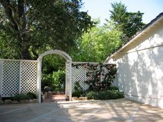 Hot Springs Road - traditional - landscape - santa barbara - The Aldrich Company - Landscape Design