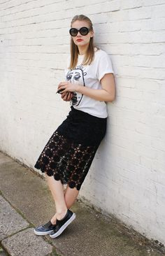 Love band t-shirts with feminine skirts, like this one with lace crochet detailing. Complete with my favourite Prada minimal baroque sunnies, Vans sneakers and a red lip