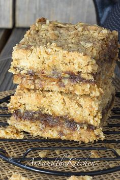 ArtandtheKitchen: Date Squares- sweet date filling between crumb bar layers. Also known as Matrimonial Bars.