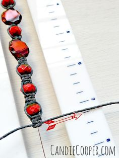 Making an easy bracelet on Beadalon's Tying Station tool