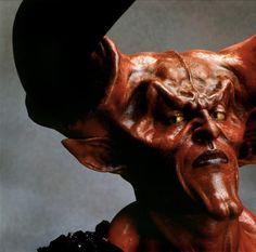 Qui a interprété l'impressionnant démon dans Legend de Ridley Scott en 1985? Tim Curry