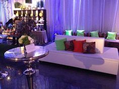 AFR Event Furnishings takes pride on unwavering dedication to excellence. With locations in Florida, California and throughout the country, AFR can service clients anywhere, any time.
