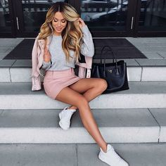 Discovered by Ivy. Find images and videos about girl, fashion and style on We Heart It - the app to get lost in what you love. Look Fashion, Fashion Beauty, Girl Fashion, Fashion Outfits, Womens Fashion, Women's Beauty, Fashion Photo, Beauty Makeup, Spring Outfits
