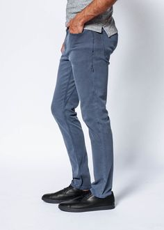 Live Lite A/C Pant - Storm is made from our breathable fabric making this the best pant for traveling, exploring, and living a fast paced lifestyle. Break A Sweat, Summer Heat, Range Of Motion, Slim Pants, Body Size, Summer Sale, Warm Weather, Thighs, Live