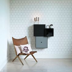 FLOW Wallpaper (soft beige), by Lassen. Design: Mogens Lassen 1946 | Measurement: 10,05 x 0,53 m | Material: Non-wowen wallpaper. [79€]