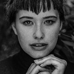@linsengerecht  #photography #photooftheday #photographylovers #photographysouls #photographer #photographyislifee #portrait #portraitphotography #shooting #model #love #pierced